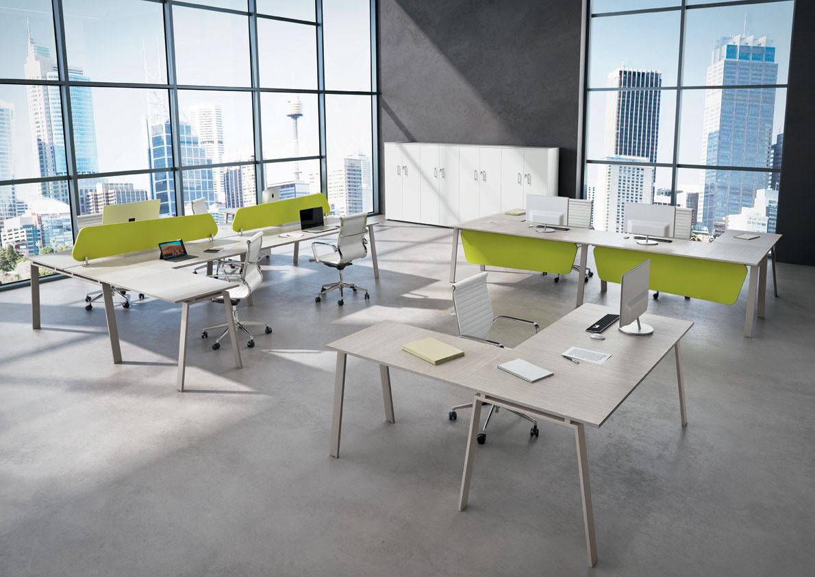Arredo negozi torino arredamento per negozi e ufficio for Negozi sedie ufficio